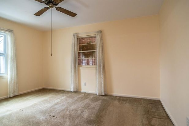 207 West Russell Street - Photo 32