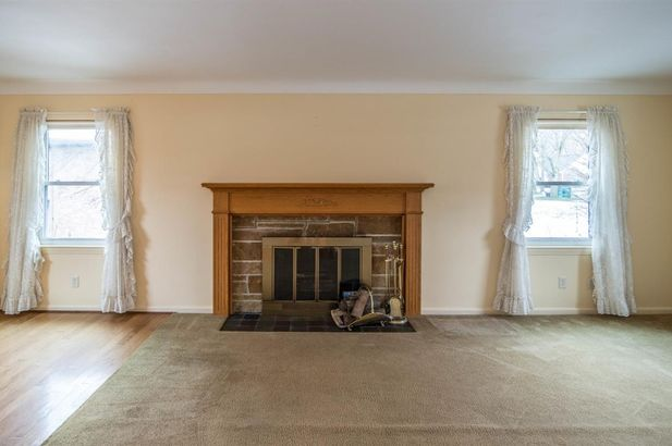 207 West Russell Street - Photo 6