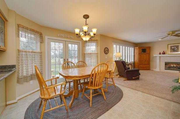 1279 Deer Run - Photo 11