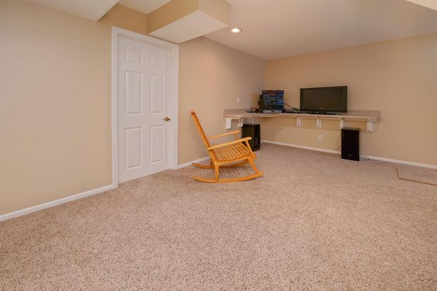 1279 Deer Run - Photo 31