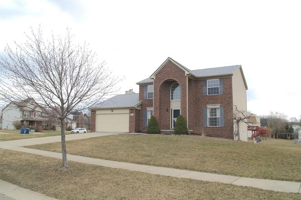 4898 Windancer Drive - Photo 3