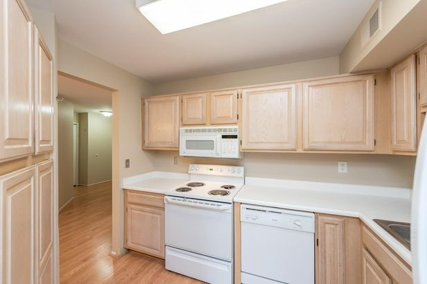 2205 South Huron Parkway #2 - Photo 7