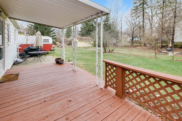 2720 Valley Drive - Photo 8