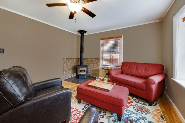 2720 Valley Drive - Photo 10
