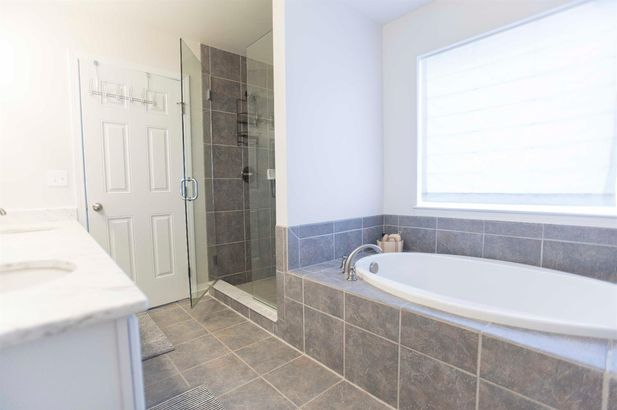 8495 Parkridge Drive - Photo 15