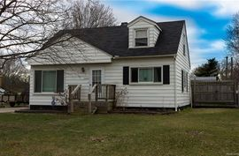 10020 CLAYTON Street Belleville, MI 48111 Photo 1