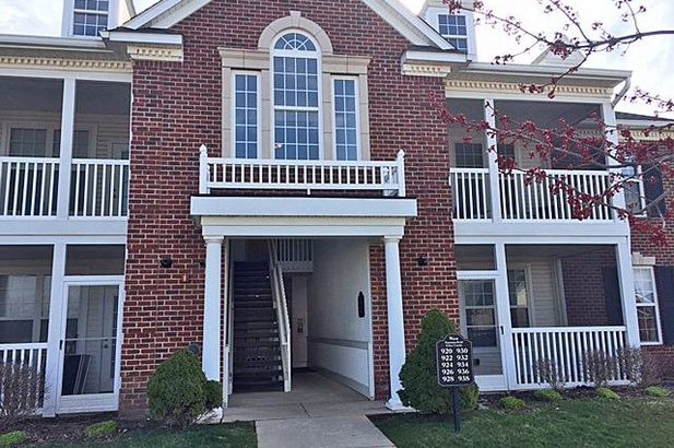 926 West Summerfield Glen Circle Ann Arbor MI 48103