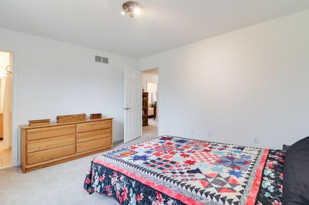 3941 Delhi Overlook Street - Photo 27