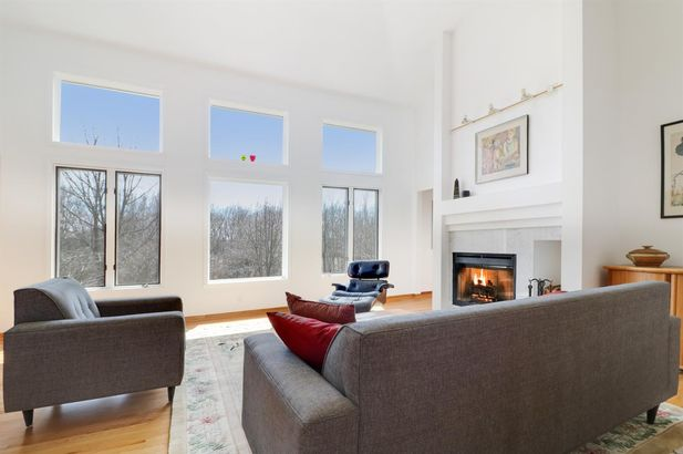 3941 Delhi Overlook Street - Photo 4