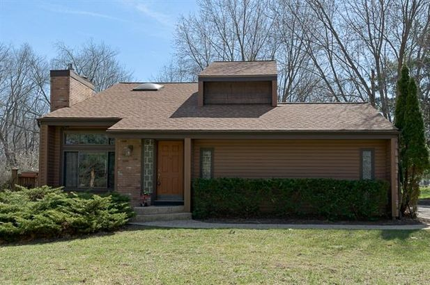 8560 Clyde Road - Photo 2