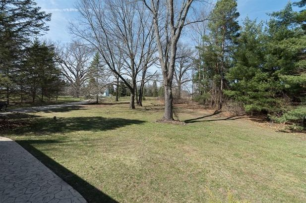 8560 Clyde Road - Photo 4