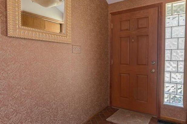 8560 Clyde Road - Photo 10