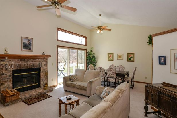 6751 Robison Lane - Photo 4