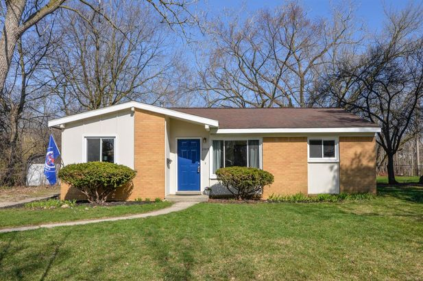 2915 Chesterfield Street Ann Arbor MI 48104