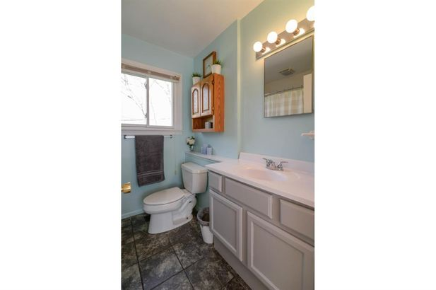 2915 Chesterfield Street - Photo 11