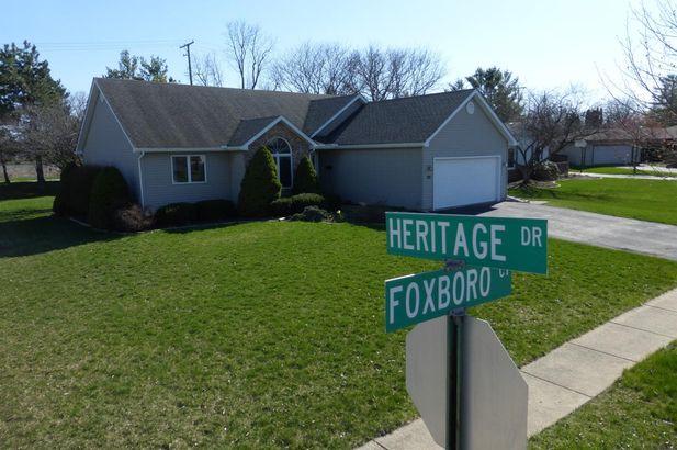 721 Foxboro Court Saline MI 48176