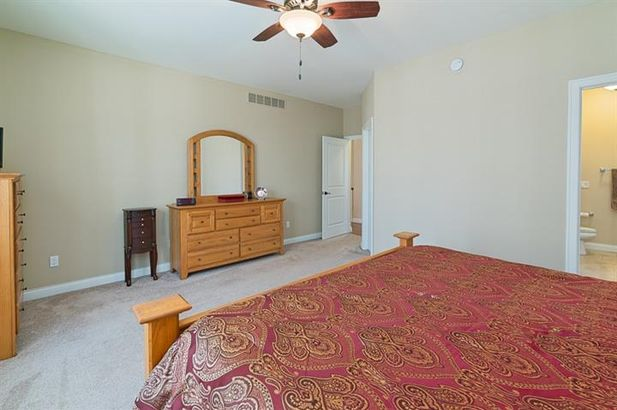 8726 Sunrise Mist Drive - Photo 33