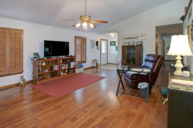 10270 Coonhill Road - Photo 9