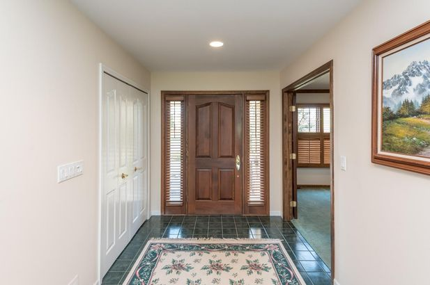 1845 Cypress Pointe Court - Photo 3