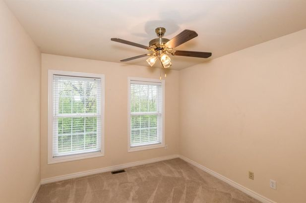 5567 Hampshire Lane - Photo 16