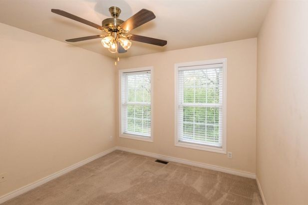 5567 Hampshire Lane - Photo 17