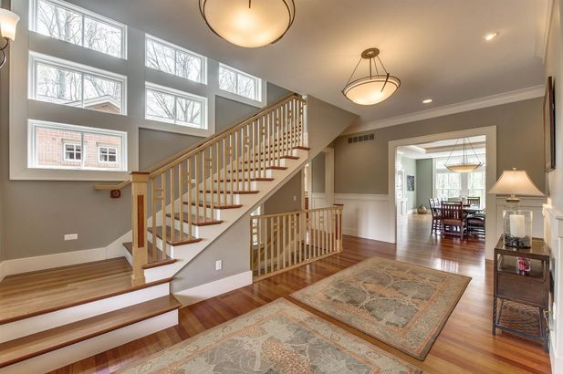 5400 North Meadow Court - Photo 3