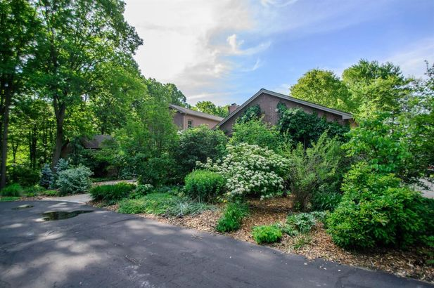 5400 North Meadow Court - Photo 70