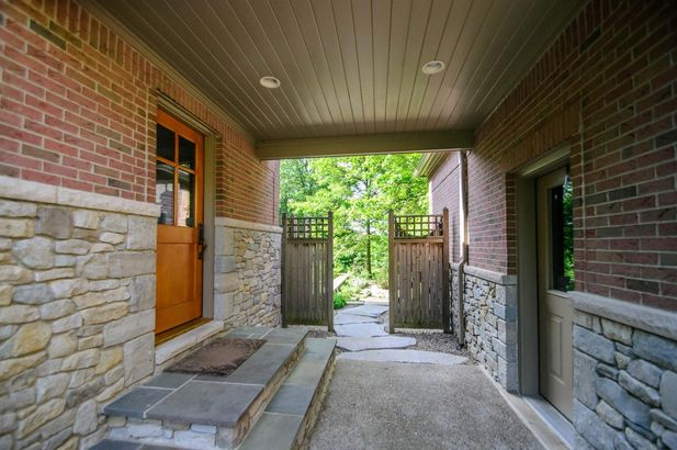 5400 North Meadow Court - Photo 71