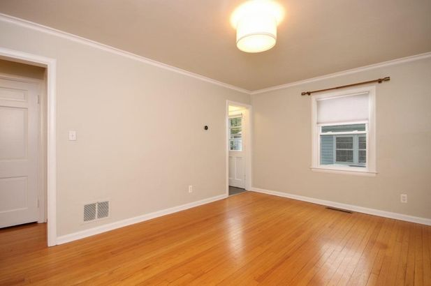 1706 South Boulevard - Photo 3