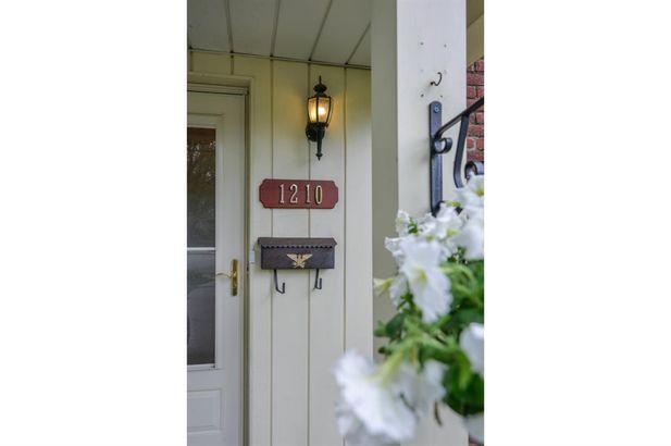 1210 Elbridge Street - Photo 2