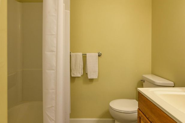 9124 Meadow View Lane - Photo 32