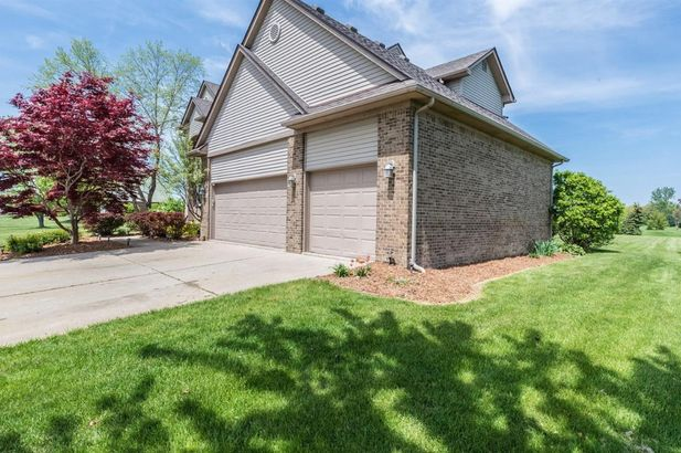 9124 Meadow View Lane - Photo 41