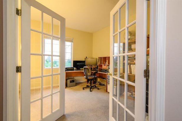 9124 Meadow View Lane - Photo 6