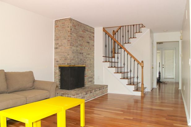 746 Greenhills Drive - Photo 3