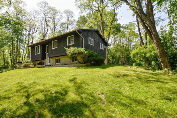 2785 Peters Road - Photo 3
