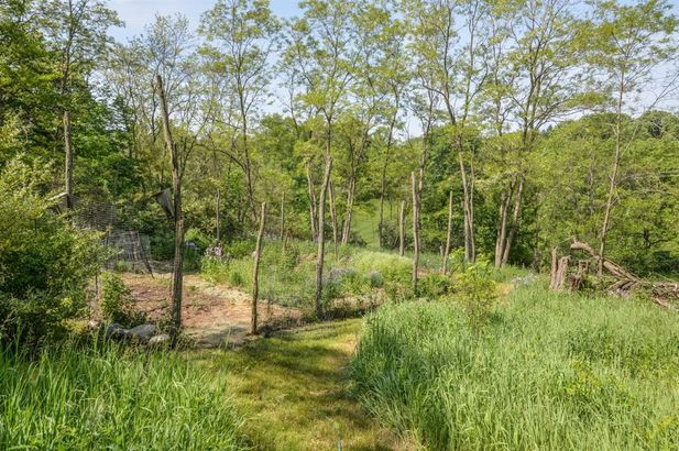 2785 Peters Road - Photo 47