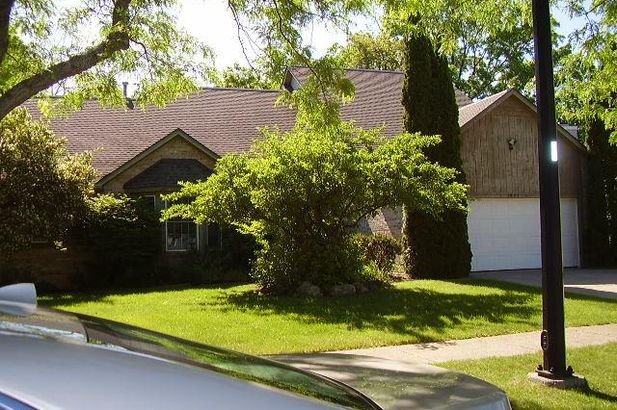 3082 Deer Creek Court Ann Arbor MI 48105