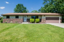 126 South Clubview Drive Ypsilanti, MI 48197 Photo 1