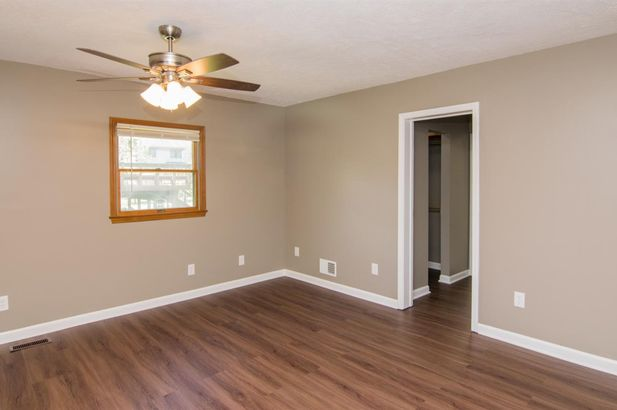 126 South Clubview Drive - Photo 19