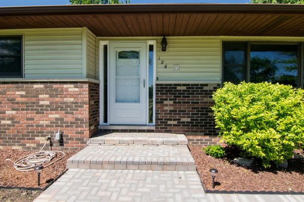 126 South Clubview Drive - Photo 3
