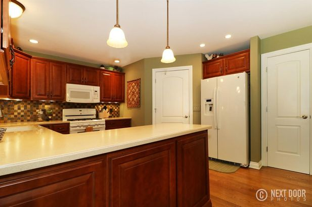 759 Pembroke Drive - Photo 8