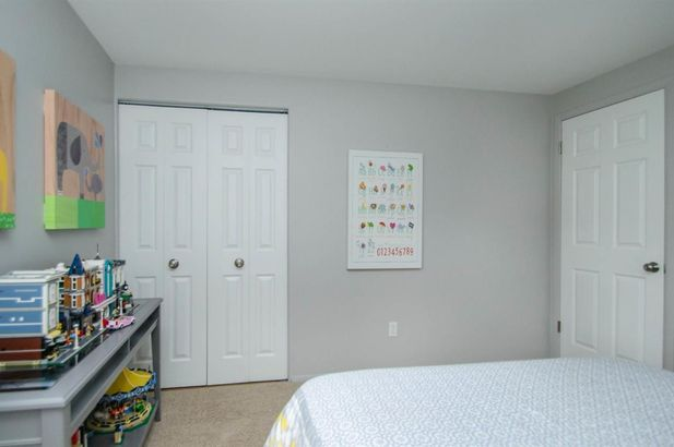 229 North Maple Road #10 - Photo 14