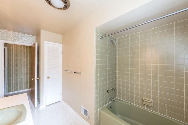 2555 Crystal Drive - Photo 31