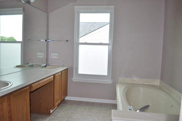 7863 Hampton Court - Photo 22