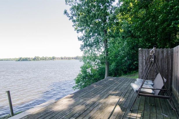 7997 Lake Crest Drive - Photo 19