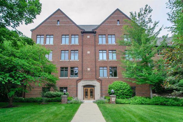 807 Asa Gray Drive #205 Ann Arbor MI 48105