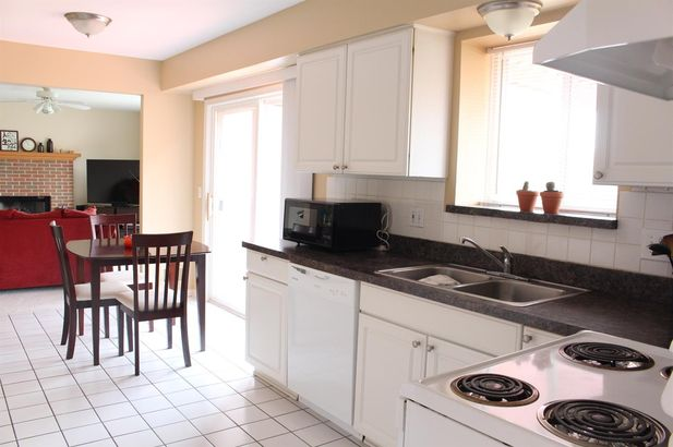 3212 Tiger Lily Drive - Photo 9