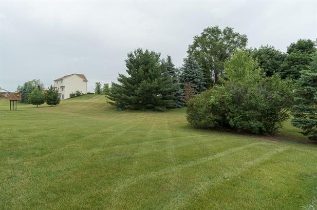 5891 Sunrise Drive - Photo 32
