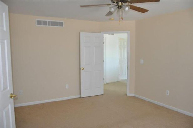 162 Rockwood Court - Photo 8