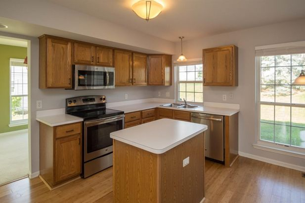 2960 Green Valley Drive - Photo 4